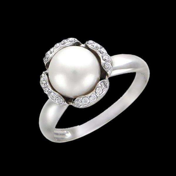 Кольцо в белом золоте с жемчугом и фианитами