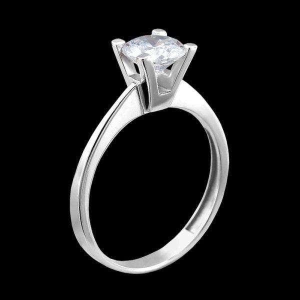 Помолвочное кольцо с фианитом в серебре
