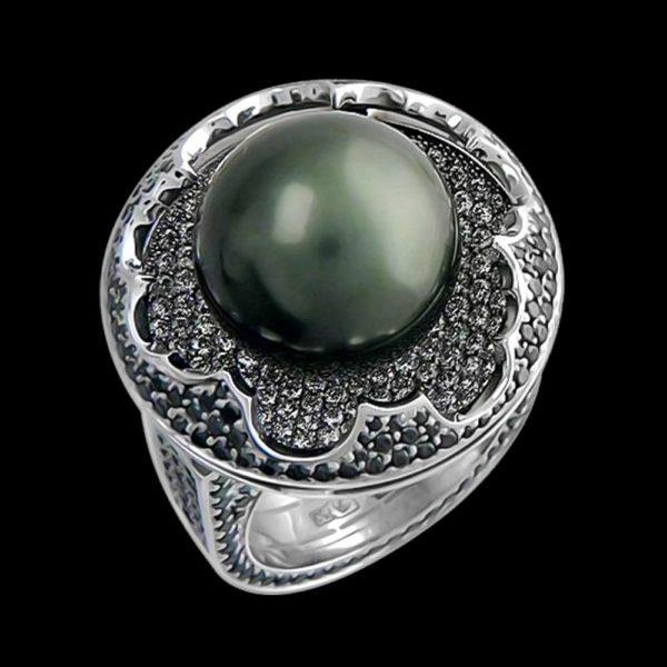Кольцо в белом золоте с жемчугом и бриллиантами