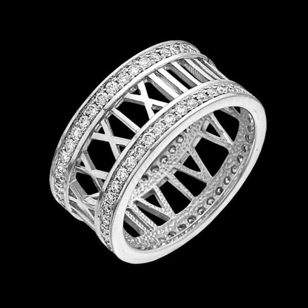 Кольцо в белом золоте с бриллиантами