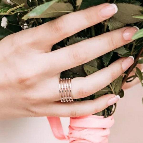 Обручальное кольцо желтое золото