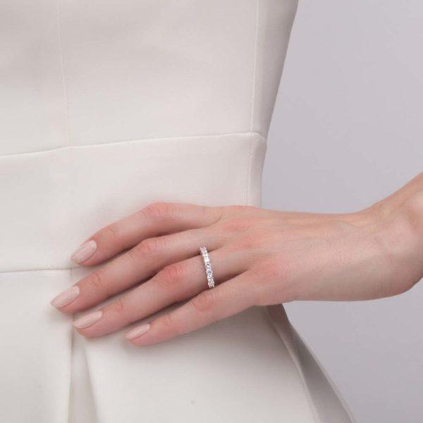 Кольцо в белом золоте с бриллиантами 1