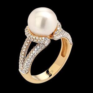 Кольцо в розовом золоте с жемчугом и бриллиантами